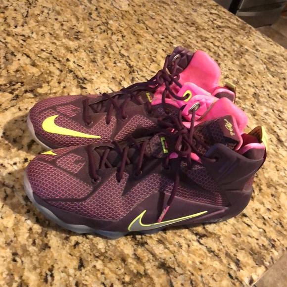 sale retailer 980bb 10e69 Nike Lebron 12 helix